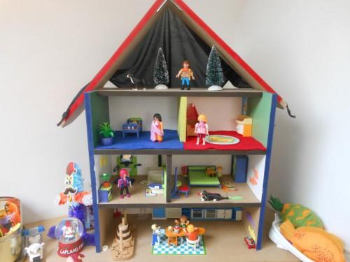 maison playmobil diy, construire une maison playmobil